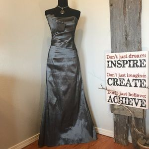 Jessica McClintock formal strapless silver dress